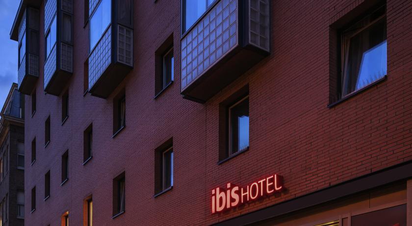 hotel - konaklama - otel - ibis - amsterdam