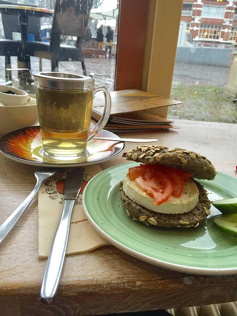 Bagelsandbeans - Breakfast - Kahvaltı - Coffee - Kahve - Simit - Peynir