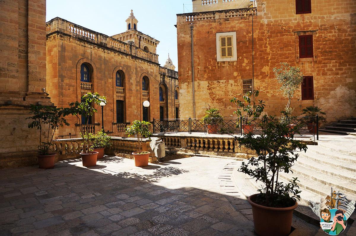 Malta - Birgu - Centre - Malta Cities - Malta Şehirleri - Gezilecek Yerler - Seyahat Planı