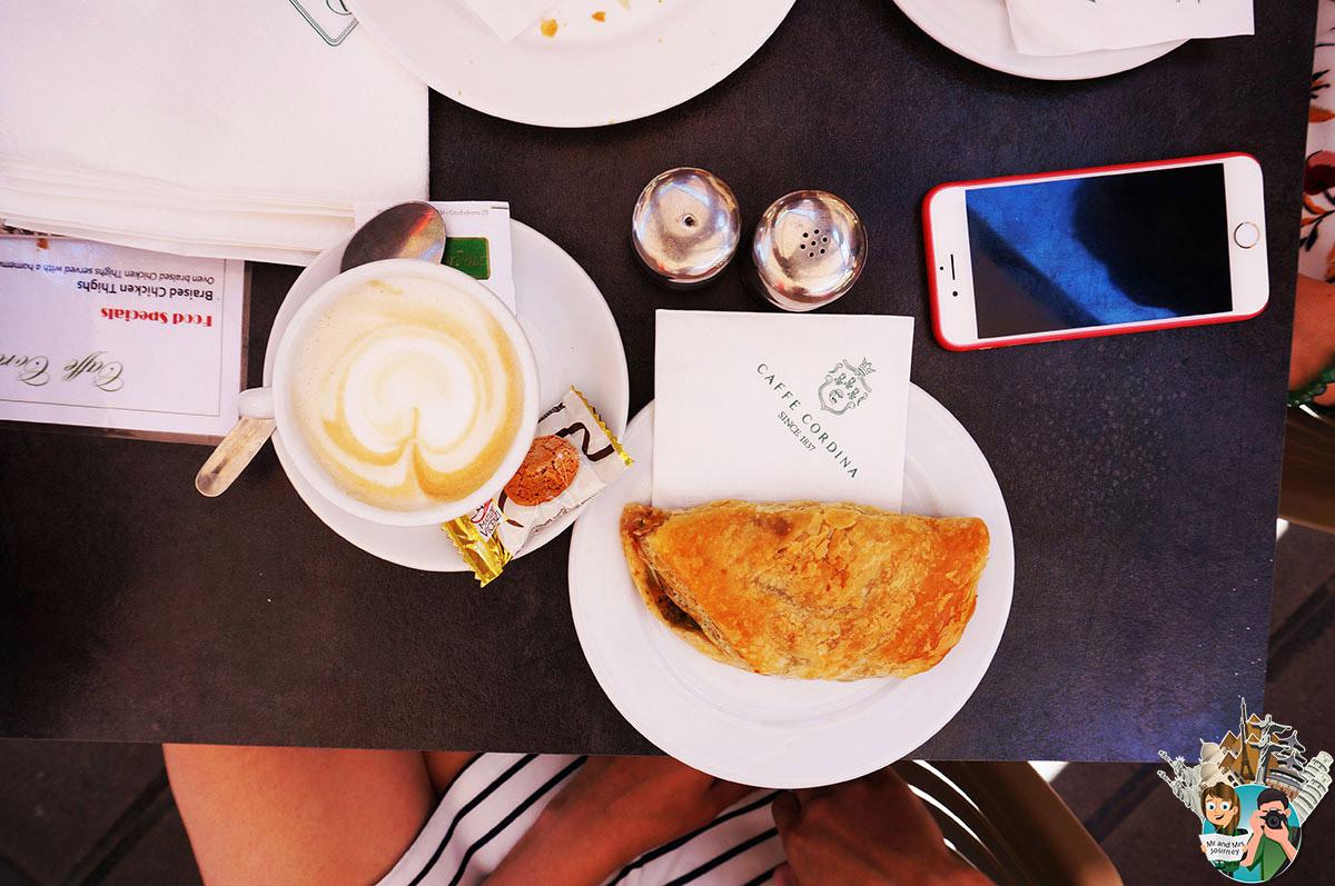 Malta-Cafe-Cordina - Malta yiyecek yerler -nerede ne yenir