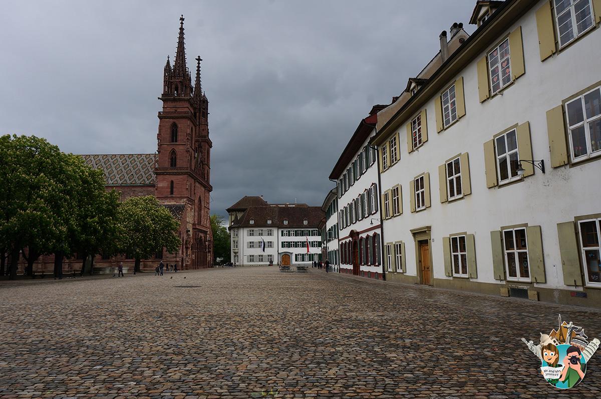 Basel-Minster-İsvicre-switzerland-gezilecek-yerler