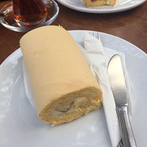 istanbul-kozyatagi-zirve-pastanesi-pasta-rulo-puding-yorum-fırsat